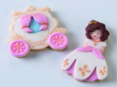 NEW Kit 2 Pcs Carriage And Princess Cookie Cutter - Cake Decorating Tools