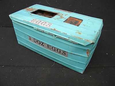 "1900's TIN ""3 DOZEN EGGS"" SHIPPING BOX with ORIGINAL PROTECTIVE INSERTS"