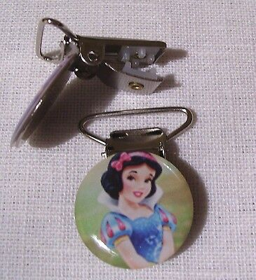 C14 - Clip Pince Bretelle, Crocodile, Attache Tétine - Princesse Blanche Neige