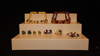 Great Lot of 12 Vintage Jewelry pieces Necklaces Earrings