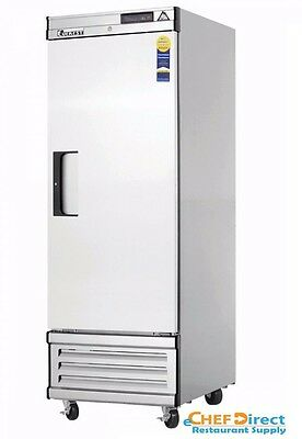 """Everest EBF1D 27"""" One Section Solid Door Upright Reach-In Freezer"""