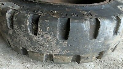 16 X 5 X 10 1/2  Solid Forklift Tyre