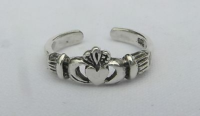 Sterling Silver (925) Adjustable  Claddagh  Toe Ring  !!       Brand New !!