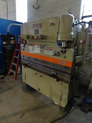 6 Ft. Pacific 55 Ton Hydraulic Press Brake