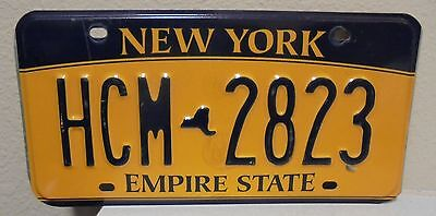 2012 New York  Empire State Gold License Plate Hcm 2823