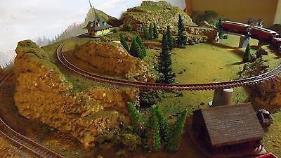 N Scale Train Set Layout  Nice ! Two Train Operation Small 24 X 33