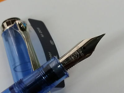 Pluma Estilográfica Pelikan M205 Light Blue Special Edition Fountain Pen