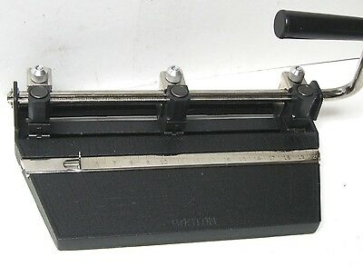 Hunt Boston Heavy Duty Adjustable 3 Hole Punch Appears Barely Used Excellent
