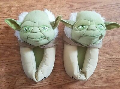 Pair Of Pre-Owned Star Wars Yoda Slippers, Child Size 6