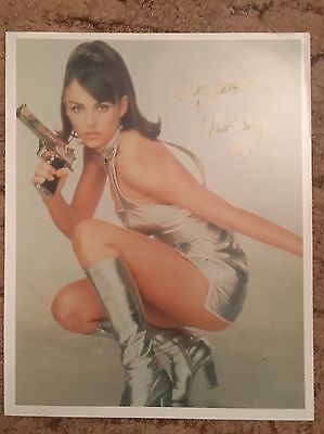 Elizabeth Hurley Austin Powers Hand Signed Picture With COA