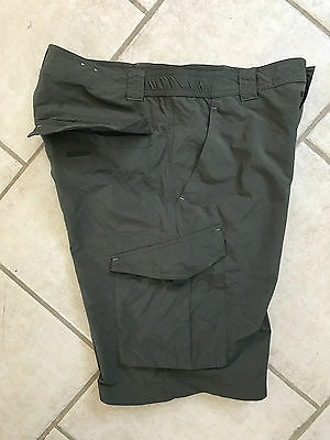 COLUMBIA Mens Casual Shorts Greens 32 x 10 Excellent Condition