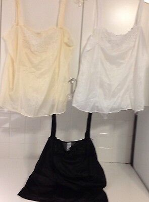 Vintage Unbranded Set Of 3 Camisoles, Gorgeous Lace NWOT Made In USA Anti Cling