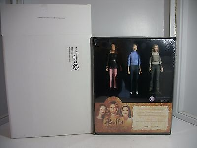 3 Buffy the Vampire Slayer Action Figures Summers Family Album Limited Ed. MISB