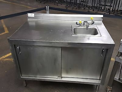 Stainless Steel Cabinet with Eye Wash Station Sink