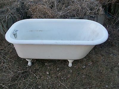 Used Antique Vintage Claw Foot Tub 5 ft