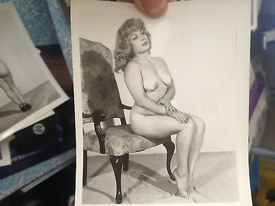 Original Vintage 1950s NUDE NAKED GIRL Model Photo WOMAN BEAUTIFUL  a64