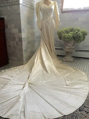 1930's~40's Ivory Antique Wedding Gown Vintage Satin Buttons Extra Long Train