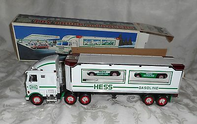 1997 Hess Toy Truck and Racers with Lights In Original Box NEW