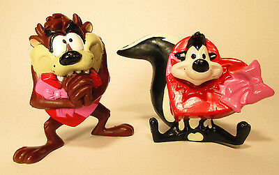 Pepe Le Pew Heart Popping, Taz Valentines PVC toy Warner Brothers looney Topper