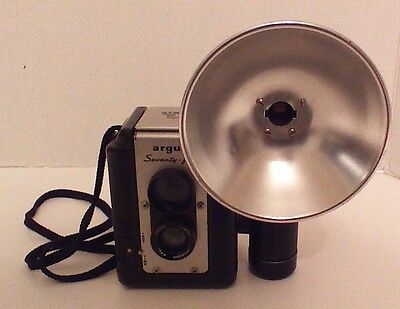 Vintage Argus Seventy-Five Camera With Flash