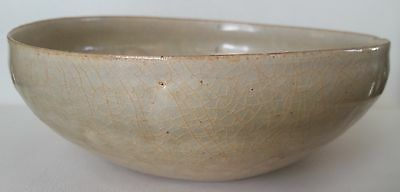 Antique Vietnameses Celadon Crackle Glazed Bowl 14-15th Century