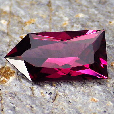 PYRALSPITE GARNET-E.AFRICA 2.51Ct FLAWLESS-FOR TOP JEWELRY-AMAZING COLOR!