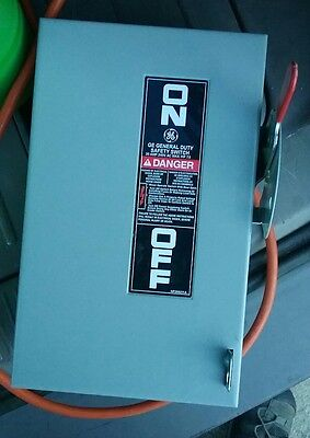 GE TG4321 30A 240V General Duty Fusible Safety Switch