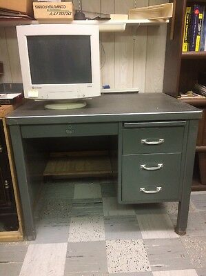 Vtg Mid Century Tanker Industrial Desk Heavy Metal General Fireproof Ohio