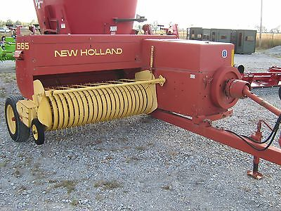 Used New Holland 565 Small Square Hay Baler Farm Tractor NH John Accumulator