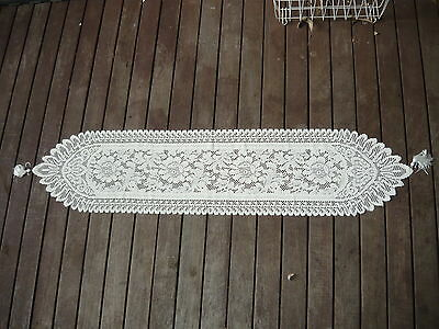 Vintage Sheer Yellow Machine Embroidery Lace Table Runner Centrepiece w/ Tassell