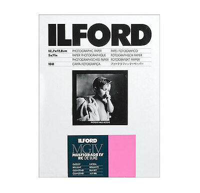 "Ilford 5 x 7"" Multigrade IV RC Deluxe B&W Paper, Glossy Surface, 100 Sheets"