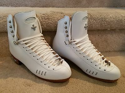 NEW Riedell Elite HLS 1500 Ladies Figure Skating Boot Size 7 A/AA