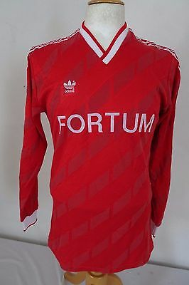 Vintage 80s/90s  ADIDAS   Football Shirt    #10    size  L   108 W