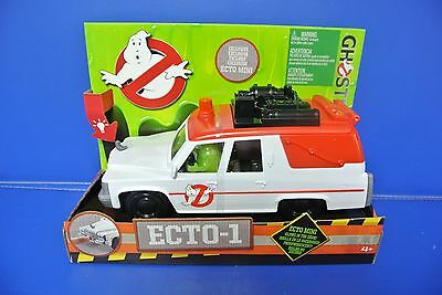Ghostbusters Ecto-1 Vehicle With Glow In The Dark Figure Movie New