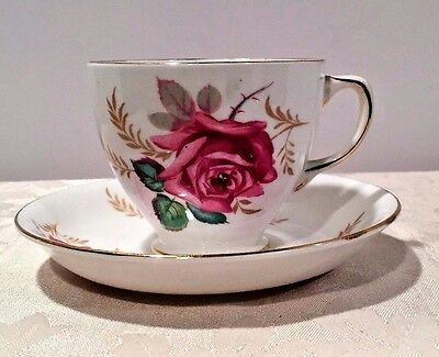 Vintage Old Royal Bone China England Rose Flowers Gold Trim Tea Cup And Saucer