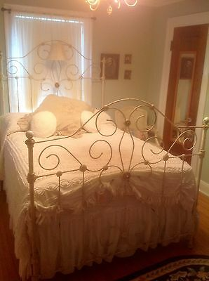 Beautiful Ornate Antique Brass And Iron Full Size Bed