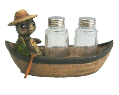 Don't Rock the Boat Turtle Boat Salt and Pepper Shaker figurine