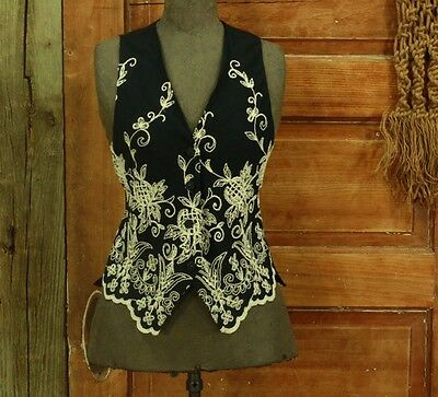 vintage 1990s black heavily embroidered scalloped rayon vest top XS S