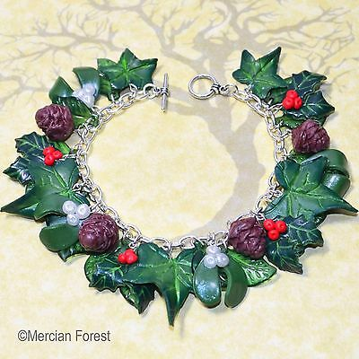 Winter Woods Bracelet - Pagan Jewellery, Wicca, Yule, Solstice, Holly, Ivy, Clay