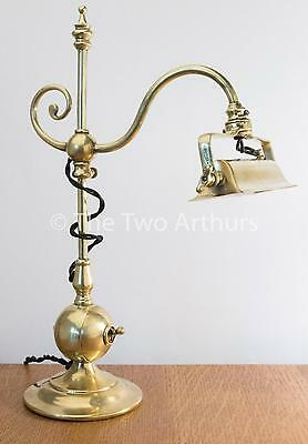 Arts and Crafts Edwardian Brass Table/Desk/Bankers Lamp Antique Arts & Crafts