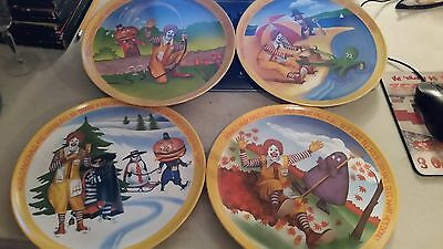 "VINTAGE 1977 LEXINGTON RONALD MCDONALD PLATES 10"" Plastic Plates - 4 Seasons new"