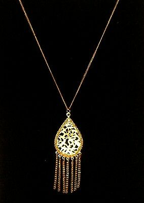 VINTAGE LISNER Signed Retro Gold Tone Metal Egyptian Revival Pendant Necklace