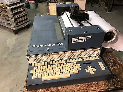 Gerber GSP Signmaker IVB Plotter Machine With Many Accessories