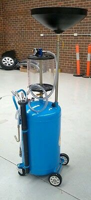 Pneumatic Oil Drainer  for cars.