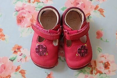 Clarks Baby Girls Pink First Shoes, Little Poppy, size 4E