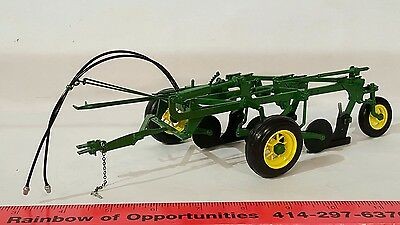 Ertl John Deere No.55 3 bottom plow 1/16 diecast farm implement replica