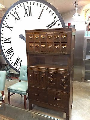 Antique Globe Wernicke Quartersawn Oak Sectional  / Vertical Filing Cabinet