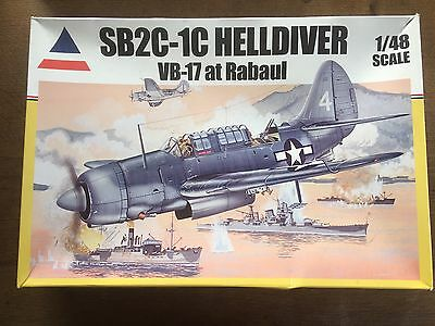 Model Kit 1:48 scale Complete + Instructions Accurate Miniatures 480405 Rare