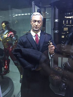 Hot Toys 1/6 Tony Stark , Pepper Potts And Alfred Pennyworth Action Figures