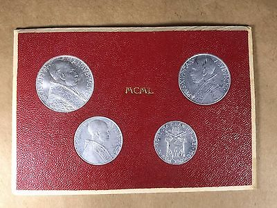 1950 Vatican City  4 Coin Mint Set Pope Pius Original Holder  P- 32  L-3